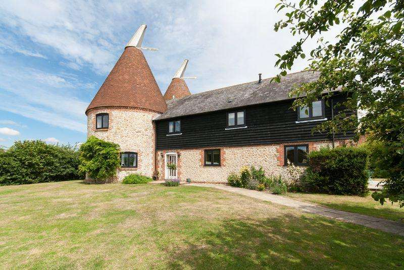 5 Bedrooms Detached House for sale in Boughton Road, Sandway