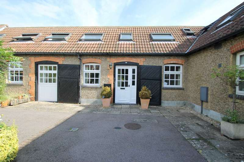 2 Bedrooms Cottage House for rent in Howell Hill Close, Mentmore