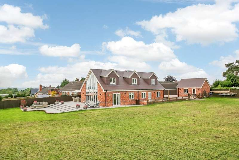 4 Bedrooms Detached House for sale in Moat Bank, Bretby, Burton-On-Trent