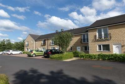 2 Bedrooms House for rent in Paddock Top Mews, BB8