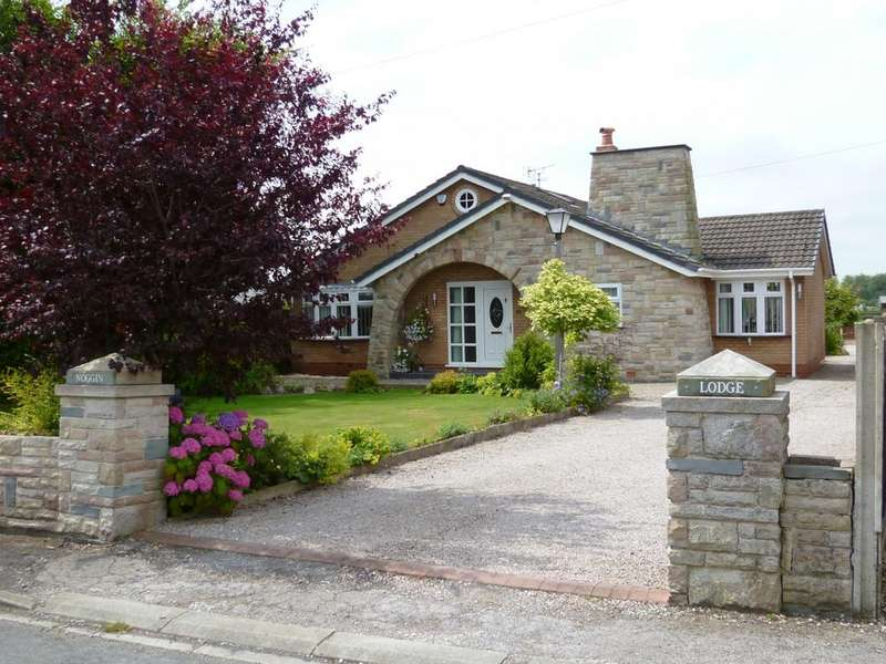 4 Bedrooms Detached Bungalow for sale in Croft, Warrington