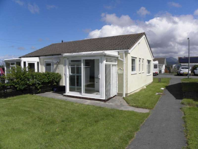 2 Bedrooms Bungalow for sale in Glan Y Mor, Fairbourne, LL38