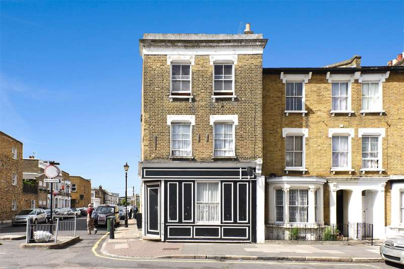 Flat for sale in Bow Common Lane, London, E3