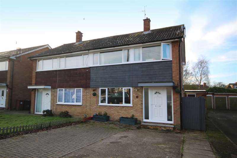 3 Bedrooms House for sale in Great Grove, Bushey, WD23.