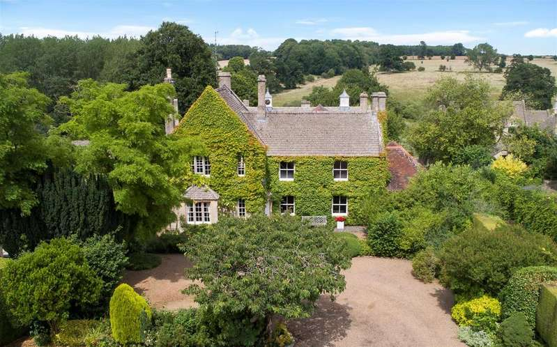 5 Bedrooms Detached House for sale in Sherborne, Gloucestershire