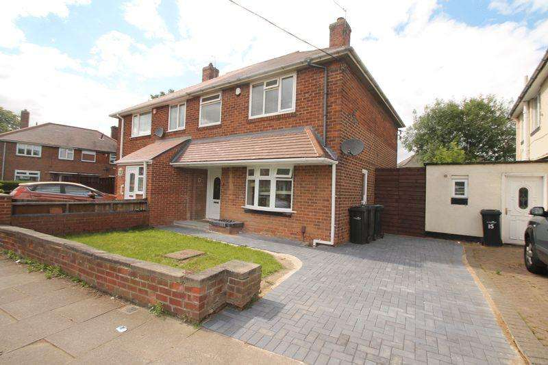 3 Bedrooms Semi Detached House for sale in Ainderby Way, Beechwood