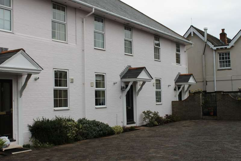 3 Bedrooms Terraced House for rent in Bouldnor Yarmouth