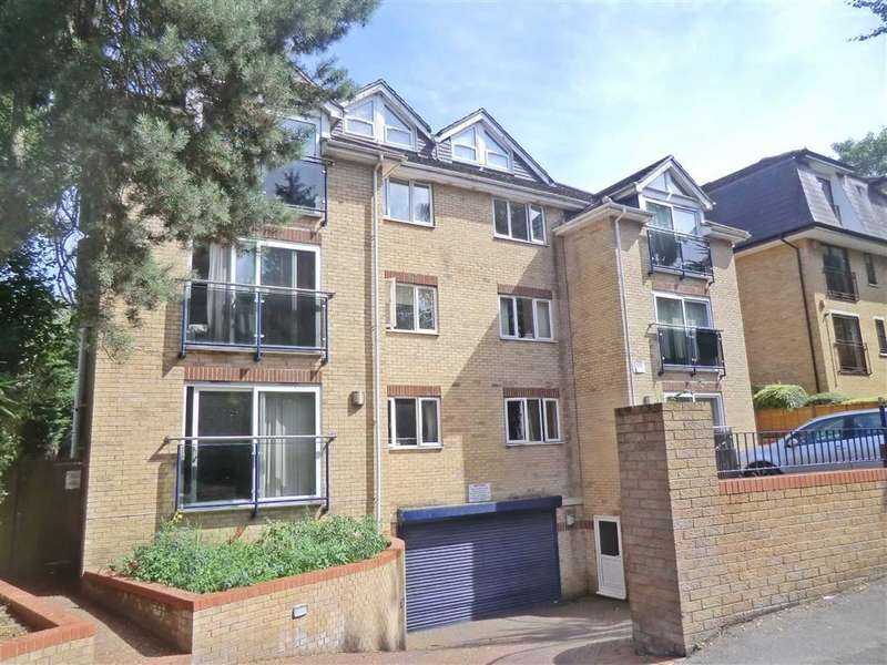 2 Bedrooms Flat for sale in Cambridge Road, Bournemouth, Dorset