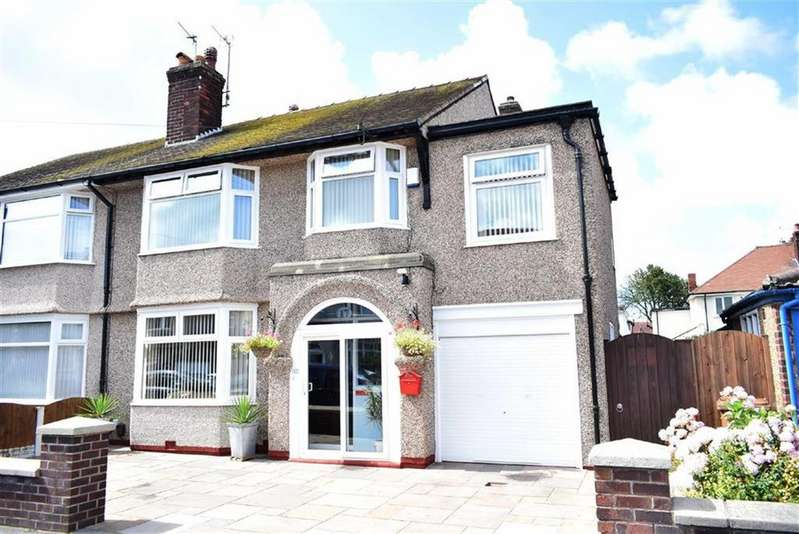 4 Bedrooms Semi Detached House for sale in Bangor Road, CH45