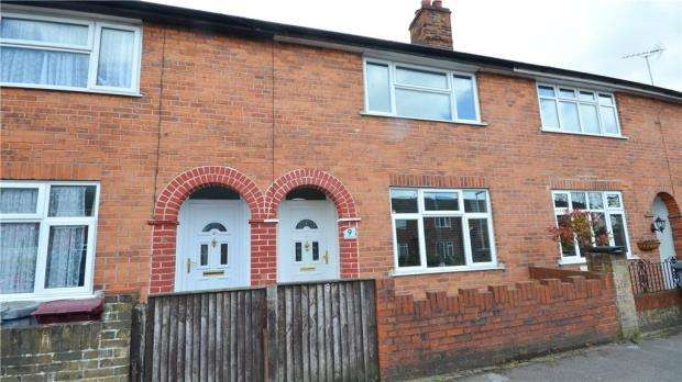 4 Bedrooms Terraced House for sale in Randolph Road, Reading, Berkshire