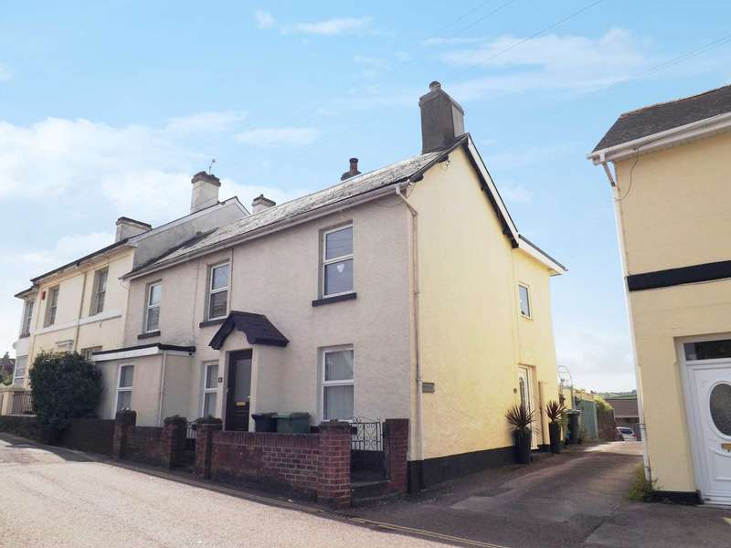 2 Bedrooms Flat for sale in Fore Street, Kingskerswell