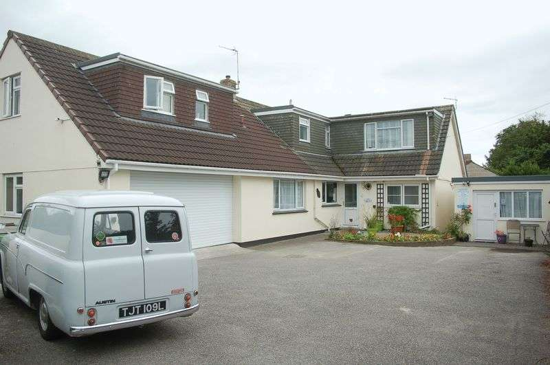 8 Bedrooms Property for sale in 23 Penmare Terrace, Hayle