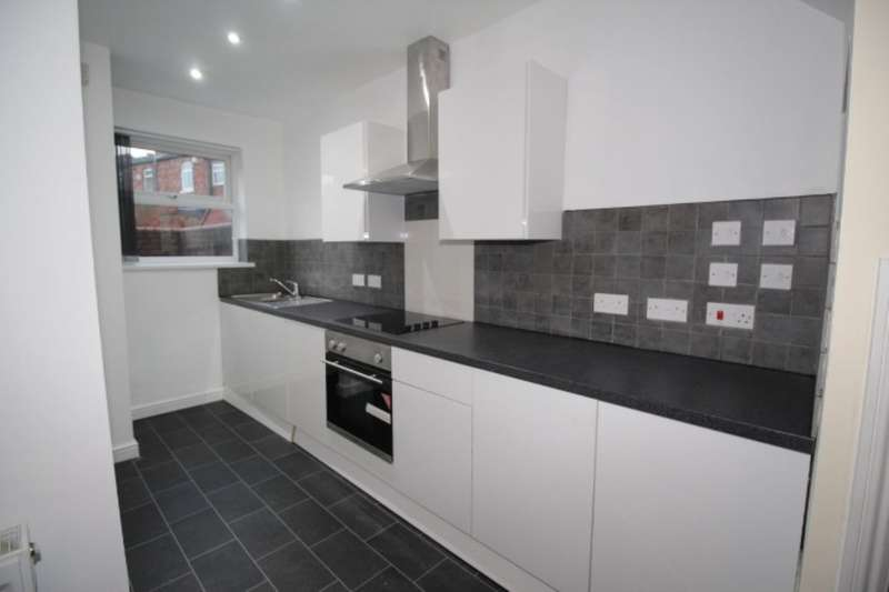 2 Bedrooms Terraced House for rent in Darlington Street East, Wigan, WN1