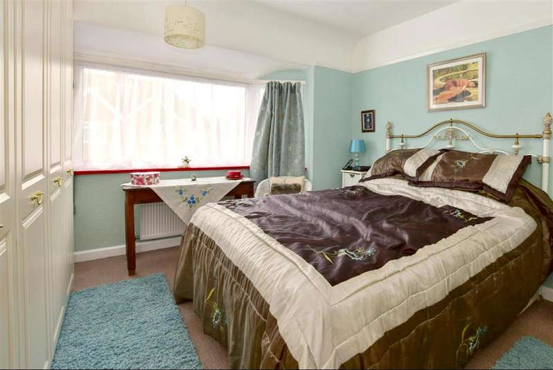 3 Bedrooms Semi Detached House for sale in St. Hildas Road, , Hythe, Kent