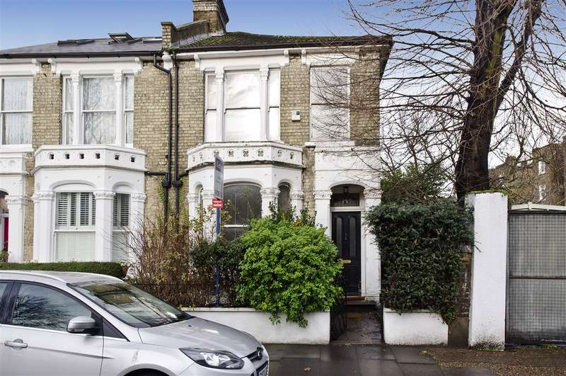3 Bedrooms Semi Detached House for sale in Findon Road, Shepherd's Bush