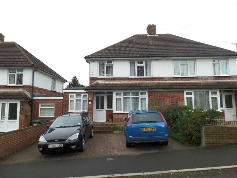 3 Bedrooms Semi Detached House for rent in Coach Road, Hamble