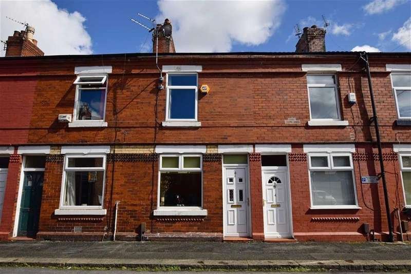 2 Bedrooms Terraced House for sale in Howells Avenue, Sale, M33