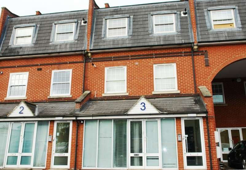 1 Bedroom Flat for sale in Jupiter House, Barnsbury Lane, Tolworth