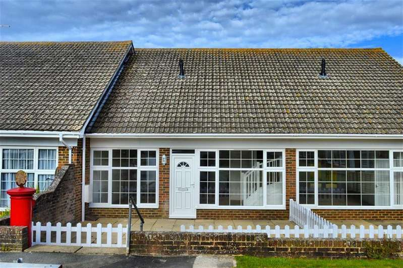 2 Bedrooms Terraced House for sale in Newick Close, Seaford, East Sussex