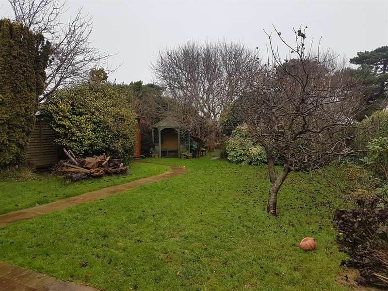 1 Bedroom Studio Flat for rent in The Annex, West Drive, Ferring, West Sussex, BN12 5QZ
