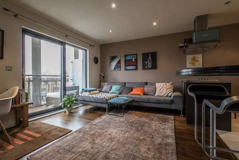 1 Bedroom Flat for sale in Oval Road, London, London, NW1