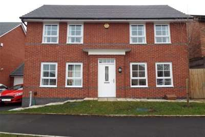3 Bedrooms House for rent in Leighton Drive, WA9 3GS