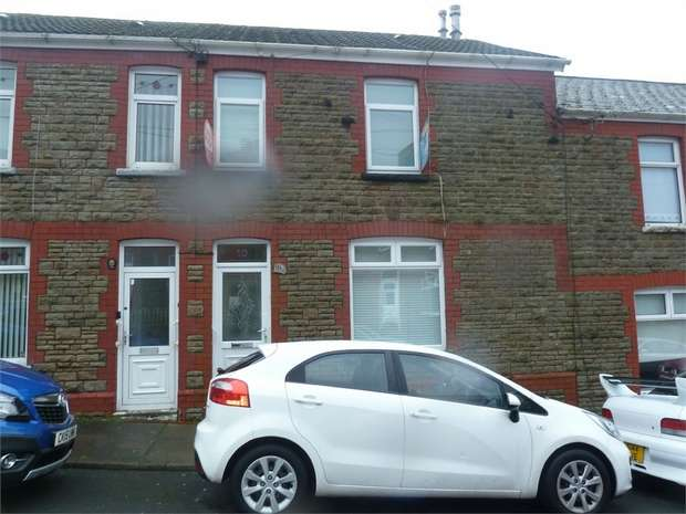 3 Bedrooms Terraced House for sale in Kings Terrace, Nantyffyllon, Maesteg, Mid Glamorgan