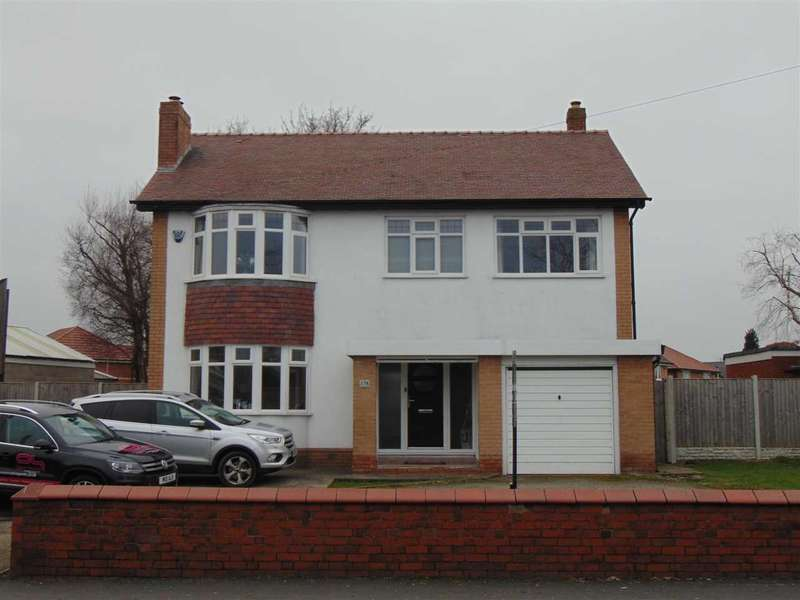 3 Bedrooms Detached House for sale in Lunts Heath Road, Widnes