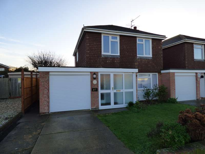 3 Bedrooms Detached House for rent in Broadmark Lane, Rustington, Littlehampton