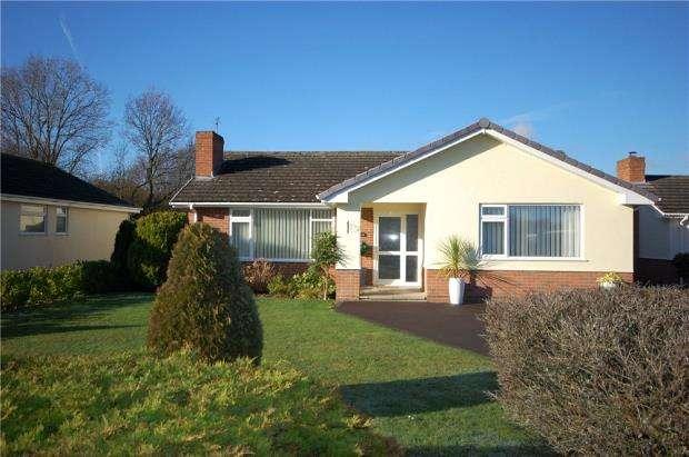 2 Bedrooms Detached Bungalow for sale in Ferndown, Dorset, BH22