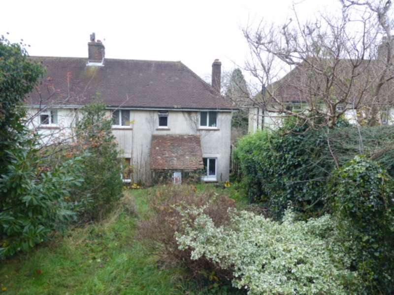 3 Bedrooms Semi Detached House for sale in East Way, Lewes