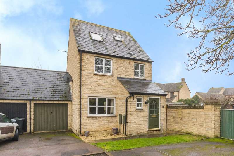 4 Bedrooms Link Detached House for sale in Chichester Place, Brize Norton