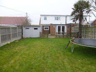 4 Bedrooms Bungalow for sale in Spring Hollow, St Mary's Bay, Kent, .