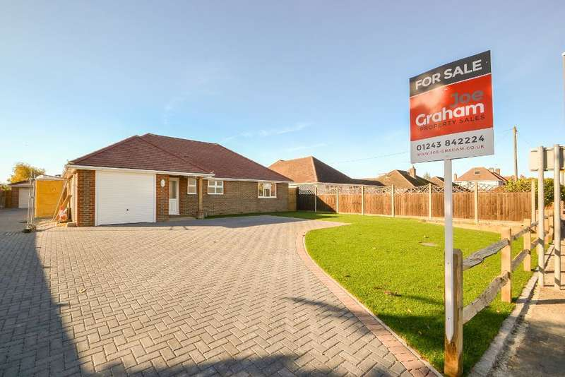 2 Bedrooms Bungalow for sale in Chichester Road, West Sussex, Bognor Regis, West Sussex, PO21 5BU