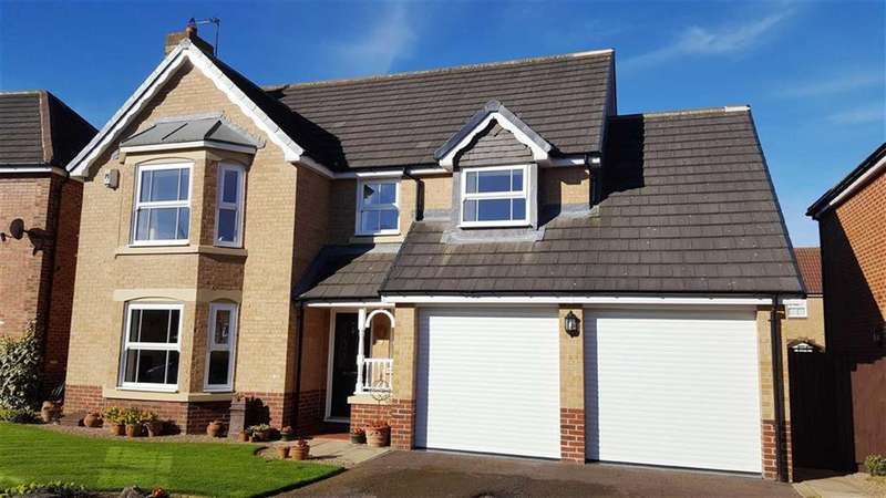 4 Bedrooms Detached House for sale in Woodlands Walk, Stokesley