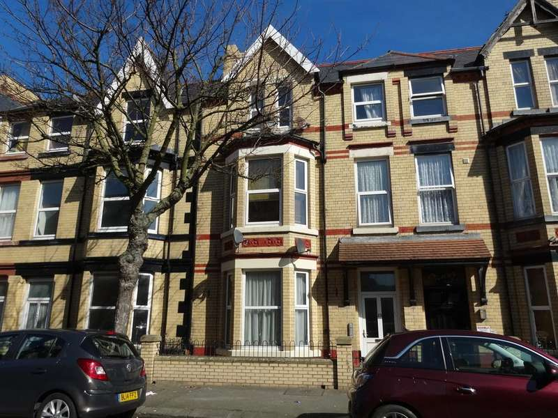 1 Bedroom Apartment Flat for sale in Rhyl, Denbighshire
