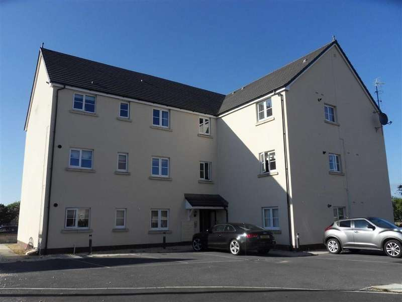 2 Bedrooms Apartment Flat for sale in Rhodfa'r Ceffyl, Ffos Las, Kidwelly