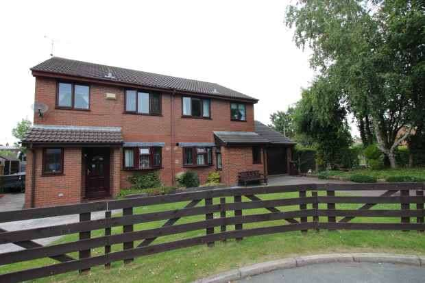 6 Bedrooms Detached House for sale in Glenesk Court, Deeside, Clwyd, CH5 2ST