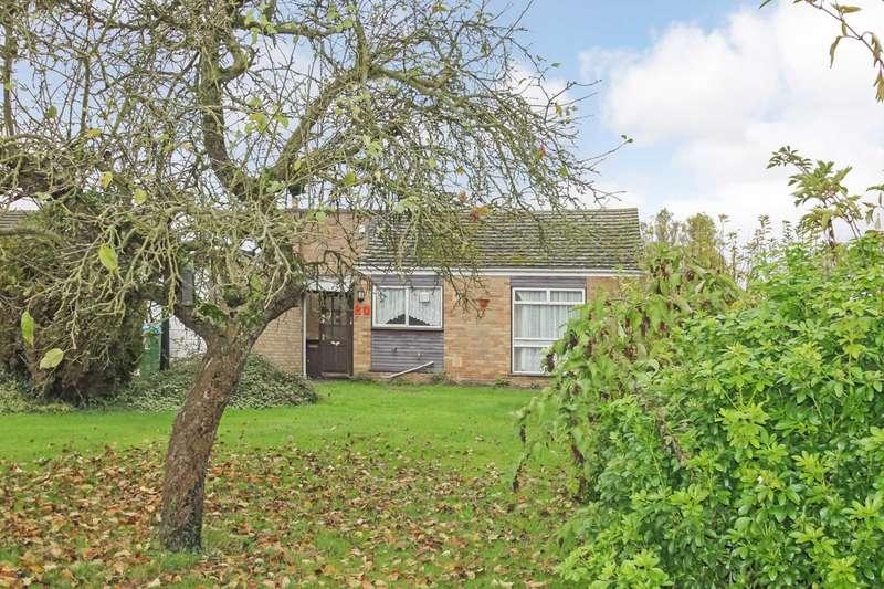 3 Bedrooms Bungalow for rent in Horton Road, Slapton
