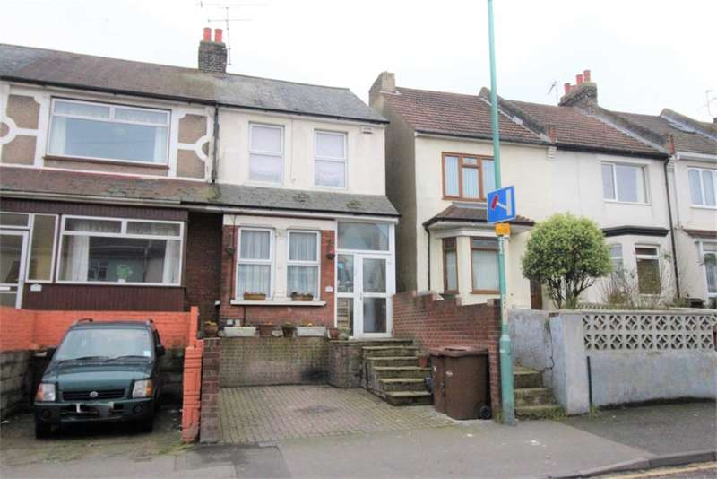 4 Bedrooms House for sale in Gillingham Road, Gillingham