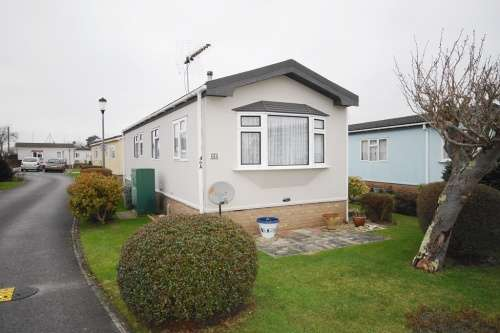 1 Bedroom Park Home Mobile Home for sale in a Selwood Park, Bournemouth