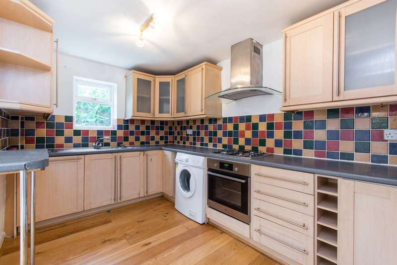 4 Bedrooms House for rent in Radcliffe Road, Croydon, CR0