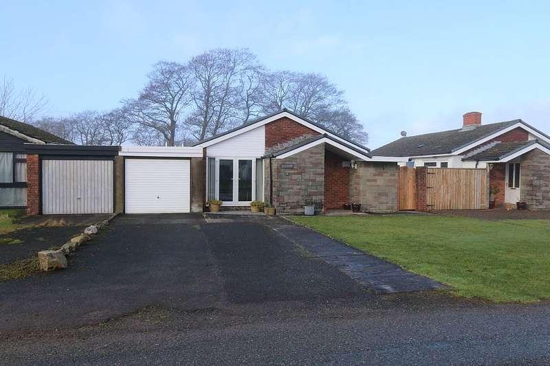 3 Bedrooms Detached Bungalow for sale in Glan Morfa, Ferryside, Sir Gaerfyrddin, SA17 5TF