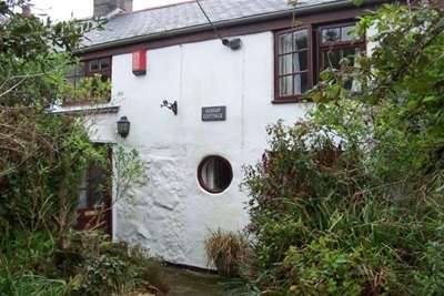 3 Bedrooms Cottage House for rent in Newlyn, Penzance