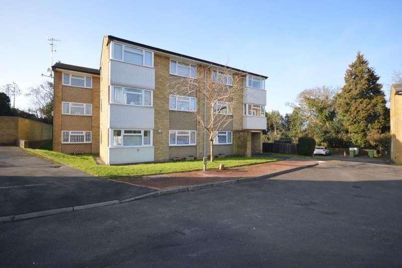 1 Bedroom Flat for sale in Chenies Close, Tunbridge Wells, TN2