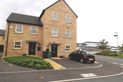 2 Bedrooms Town House for rent in Norfolk Avenue