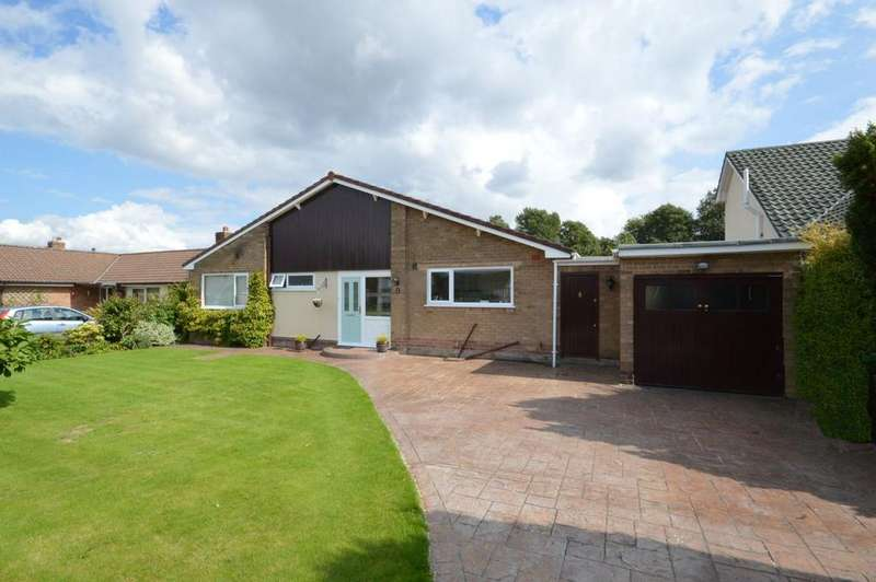 3 Bedrooms Detached Bungalow for sale in Willow Lane, Appleton, Warrington