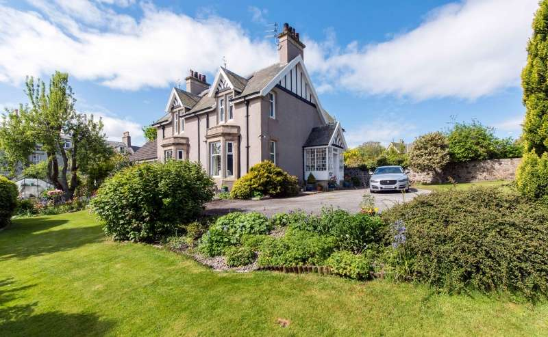 5 Bedrooms Detached House for sale in Bellevue Road, Banff, Aberdeenshire, AB45 1BJ