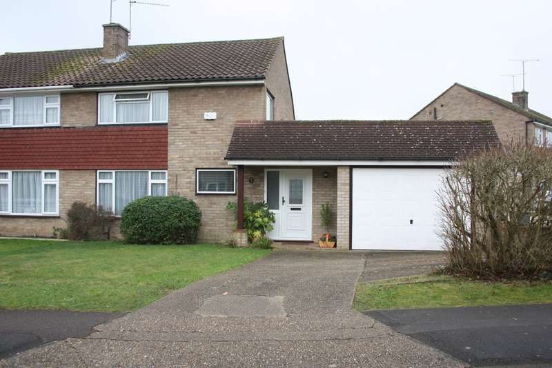 3 Bedrooms Semi Detached House for sale in Caldbeck Drive, Woodley, Reading, RG5