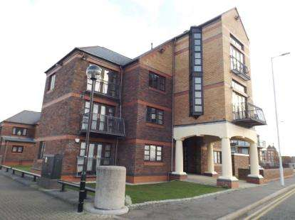 3 Bedrooms Flat for sale in Mariners Wharf, Liverpool, Merseyside, L3